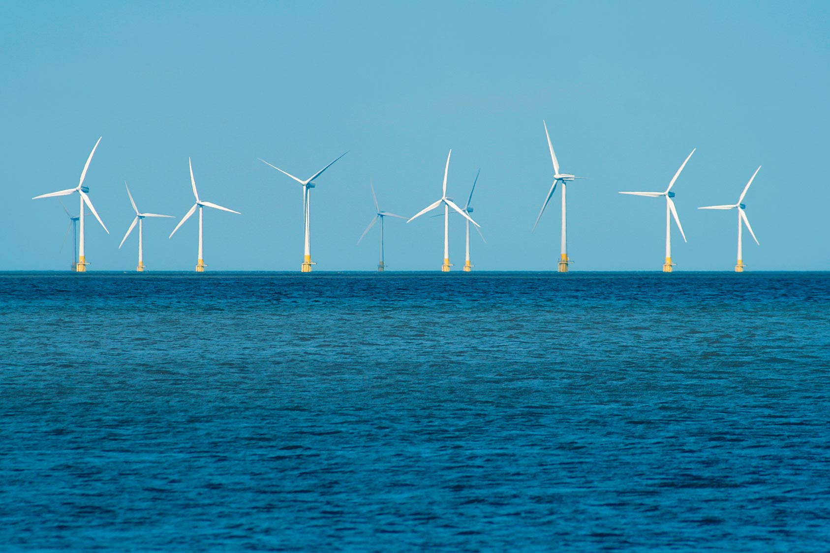 https://www.lkabminerals.com/wp-content/uploads/2019/03/offshore-wind-structures-wind-farm.jpg