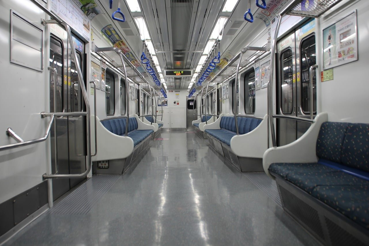 https://www.lkabminerals.com/wp-content/uploads/2019/06/subway-example-of-synthetic-textile.jpg