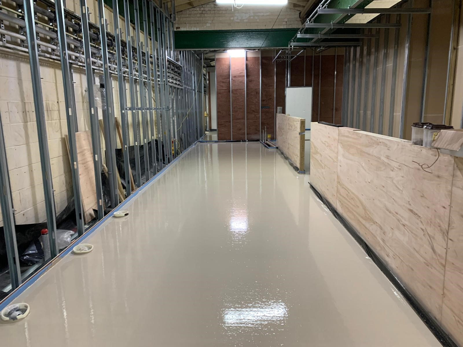 Flowing screed for college renovation